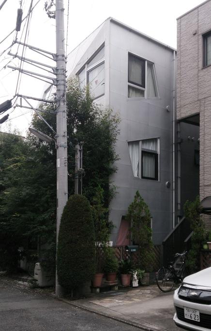 2007 - Fudomae apartment - Issho Architects